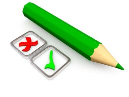 0115 Green Pencil With Right And Wrong Sign Stock Photo