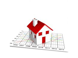 House On Growth Chart For Realestate Growth Stock Photo